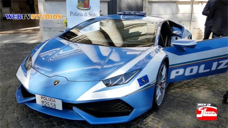 webtvstudios lamborghini  791x445 - Lamborghini  Huracán al servizio della Polizia Stradale