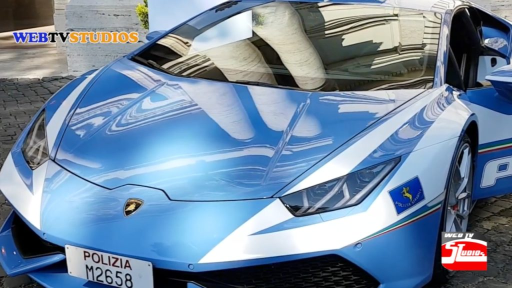 Lamborghini Huracán al servizio della Polizia Stradale-alt-tag