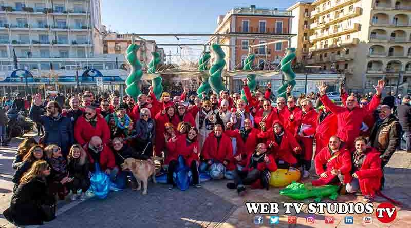 Riccione: Oltre 100 Coraggiosi per il Primo Bagno del Capodanno  2019