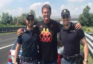Cremona: David Hasselhoff fermato dalla Polizia Stradale  in A21, ma senza la Supercar KITT