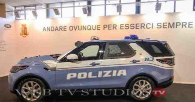 Roma Polizia di Stato: Consegnate 30 Land Rover Discovery La Partnership Trentennale