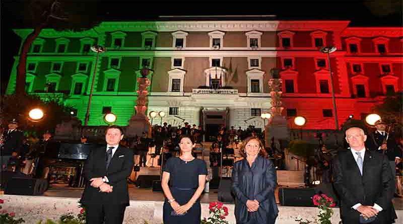 Roma: Piazza del Viminale per gli Eroi del Covid Concerto della Polizia con Claudio Baglioni