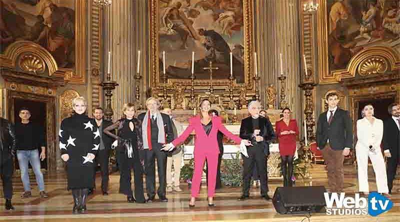 """Claudia Conte presenta """"Natale 2020 Gesù nasce lo stesso"""""""