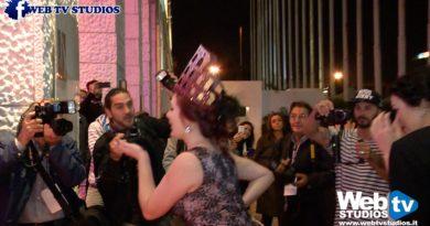 Week End Burlesque Nella Capitale Tra Piume E Paillettes Va In Scena Il Caput Mundi Award Restyling